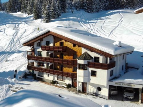 Chalet Christoph inclusief catering - 14-17 personen