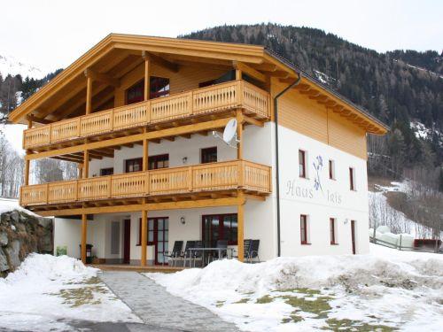 Appartement Iris Ignaz - 2-6 personen