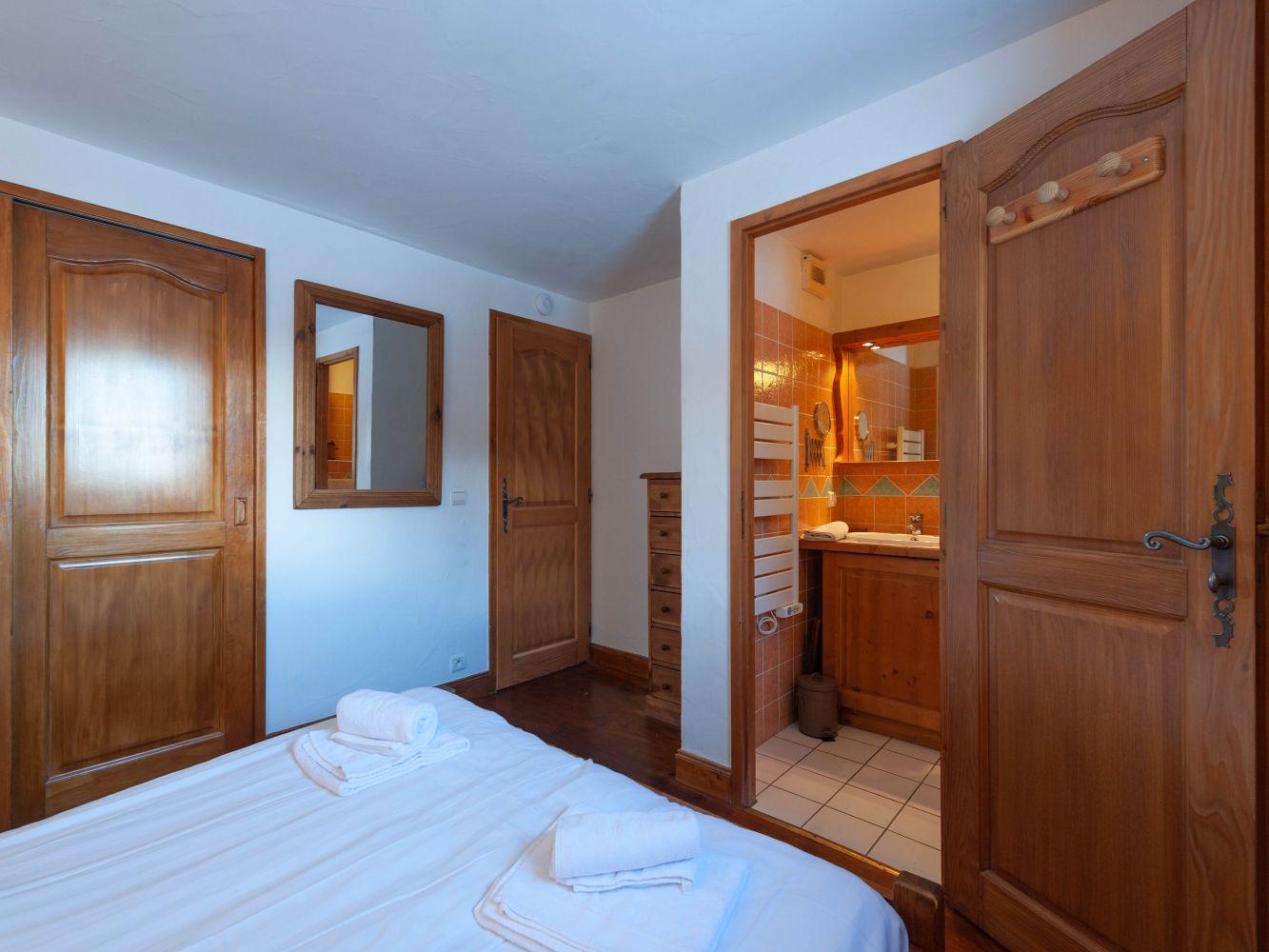 Het chalet kamer met ontbijt in limanton